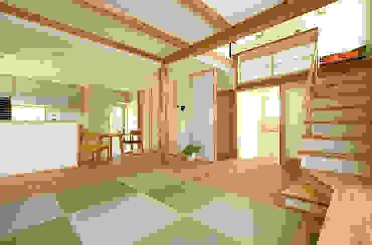 山手ドミノ 有限会社 コアハウス オリジナルデザインの リビング