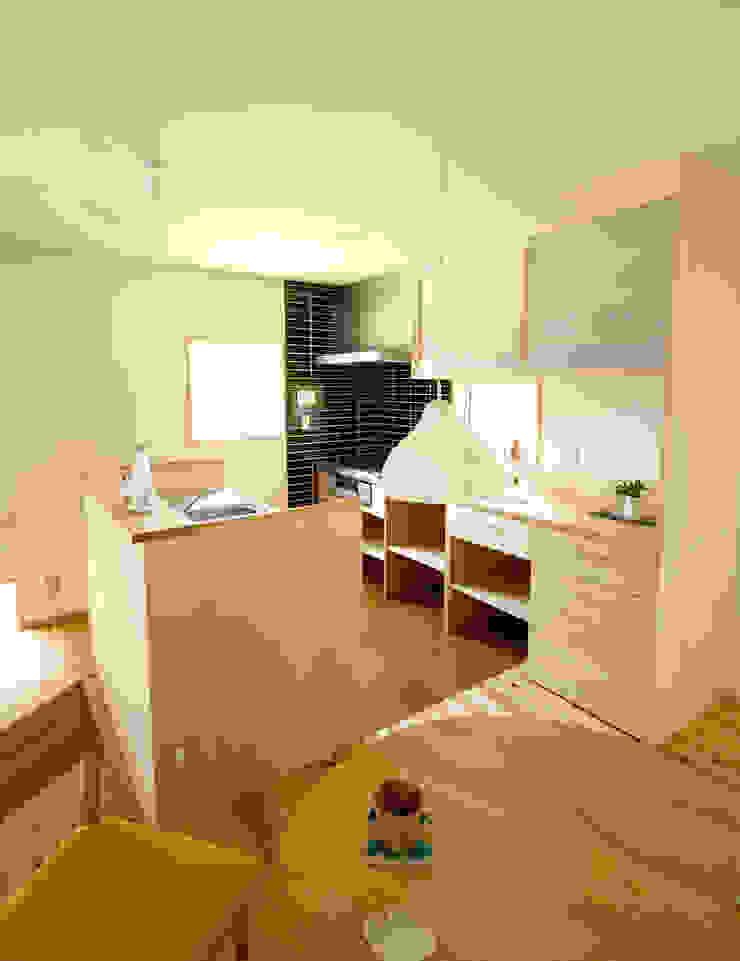 山手ドミノ オリジナルデザインの キッチン の 有限会社 コアハウス オリジナル