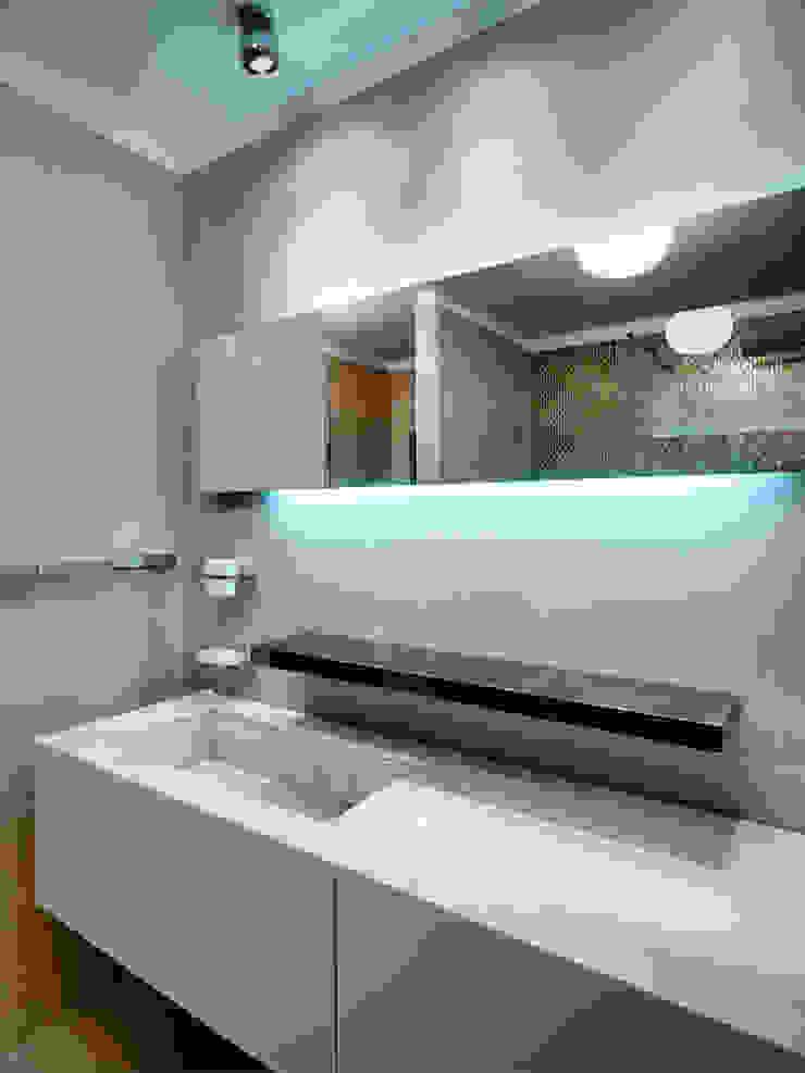 Modern style bathrooms by Studio Marco Piva Modern