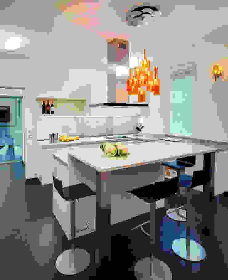 Modern kitchen by Studio Marco Piva Modern