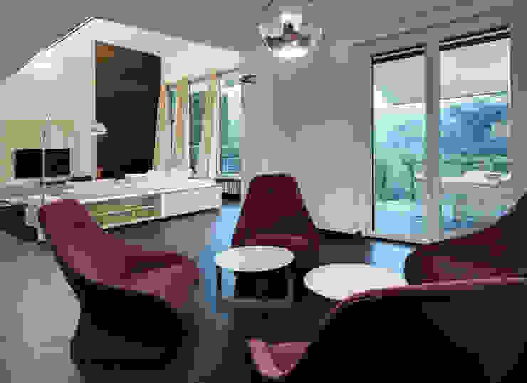 Ruang Keluarga Modern Oleh Studio Marco Piva Modern