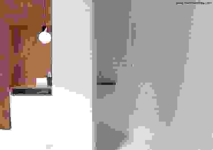 Minimalist style bathroom by Sikora Wnetrza Minimalist