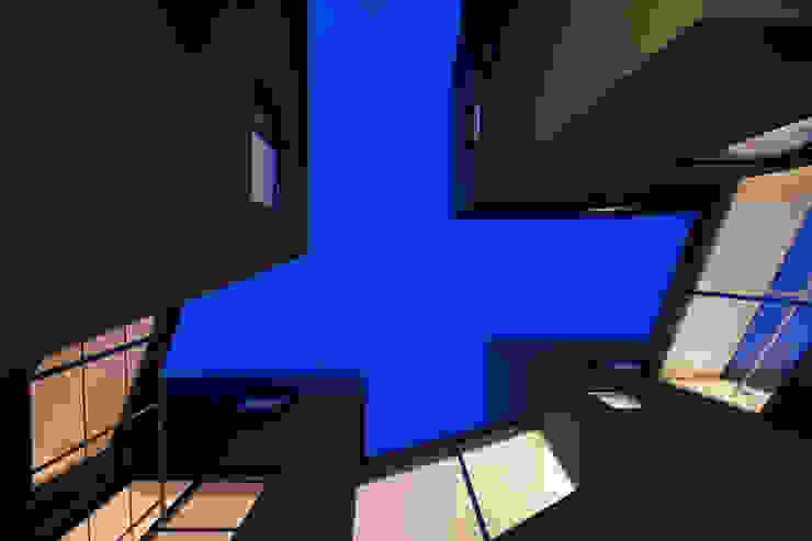 『 にしはらのながや 』: O.A.D  岡由雨子建築設計ディザインが手掛けた家です。,モダン