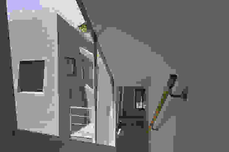 『 にしはらのながや 』 モダンな 窓&ドア の O.A.D 岡由雨子建築設計ディザイン モダン