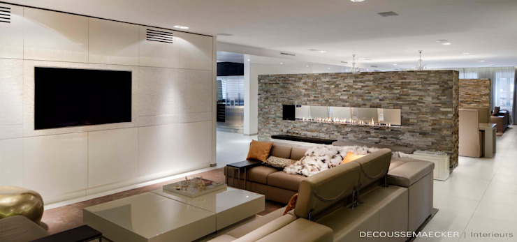 Modern living room by Decoussemaecker Interieurs Modern