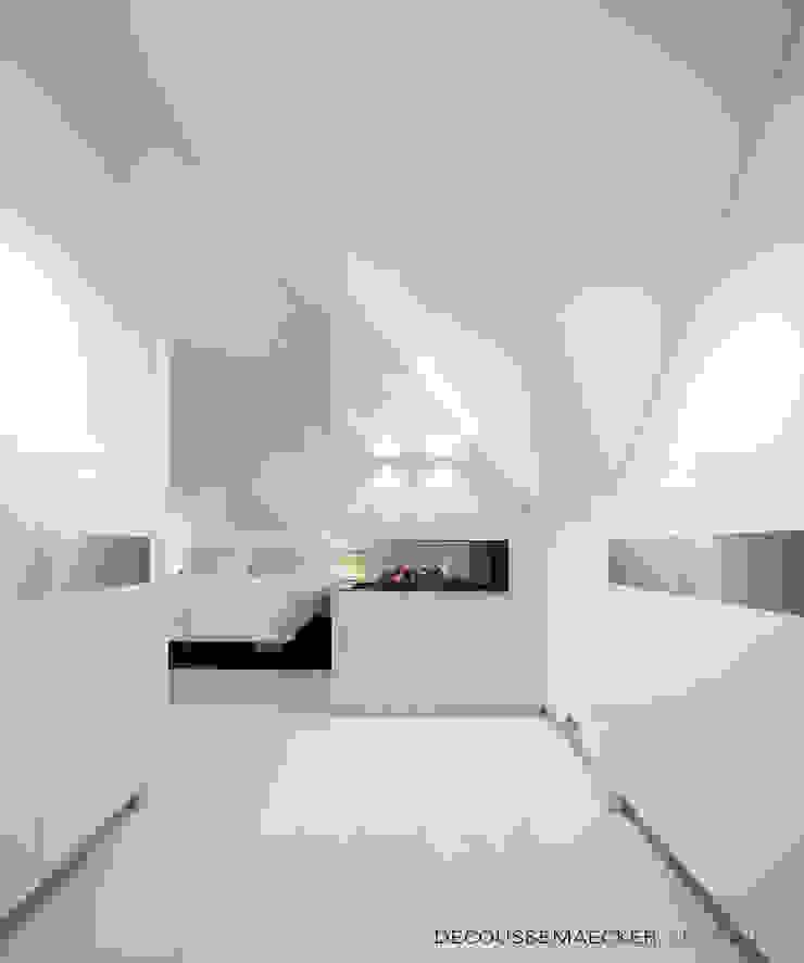 Cuartos de estilo minimalista de Decoussemaecker Interieurs Minimalista