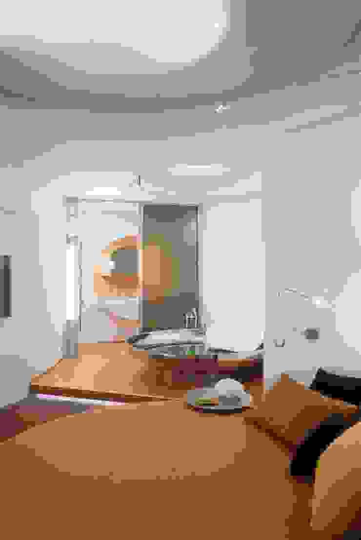 Квартира на проспекте Жукова Ванная комната в стиле модерн от АРХИТЕКТУРНОЕ БЮРО АНДРЕЯ КАРЦЕВА И ЮЛИИ ВИШНЕПОЛЬСКОЙ Модерн