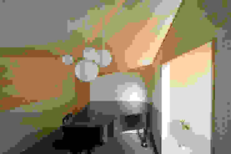 Modern garage/shed by NI&Co. Architects 一級建築士事務所 Modern