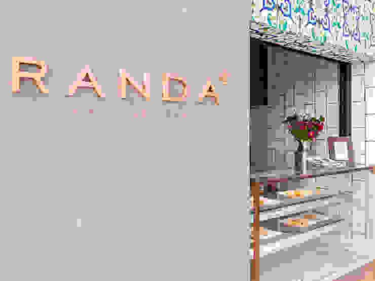 RANDA ESPECIALIDADES ÁRABES Espaços gastronômicos modernos por Isabela Bethônico Arquitetura Moderno