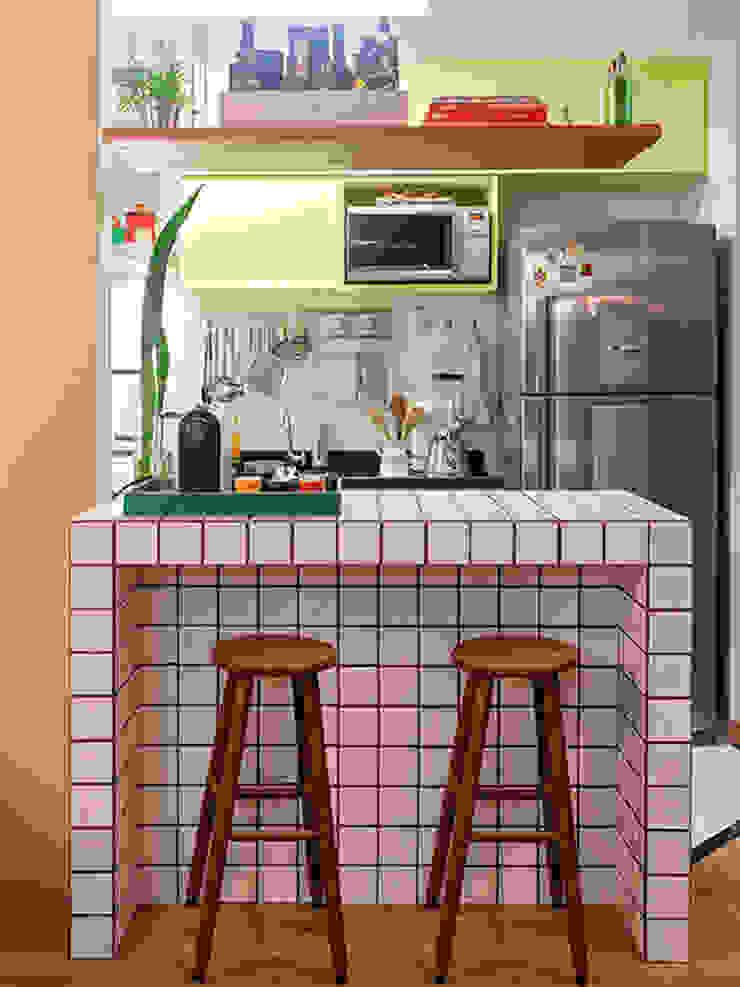 RESIDÊNCIA MAYNARD Cozinhas modernas por Isabela Bethônico Arquitetura Moderno