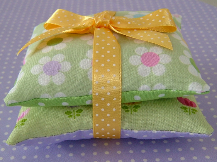 Floral Mini Lavender Pillows in Pastel Greens de Court & Spark Rural