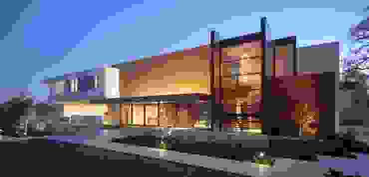 Maison moderne en ossature bois Maisons modernes par Belles demeures en bois Moderne