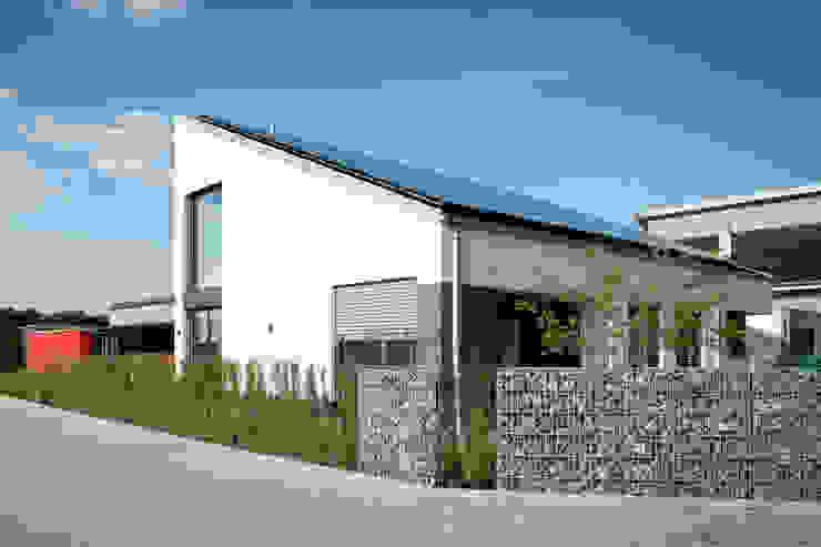 Maisons de style  par Architekturbüro J. + J. Viethen, Moderne
