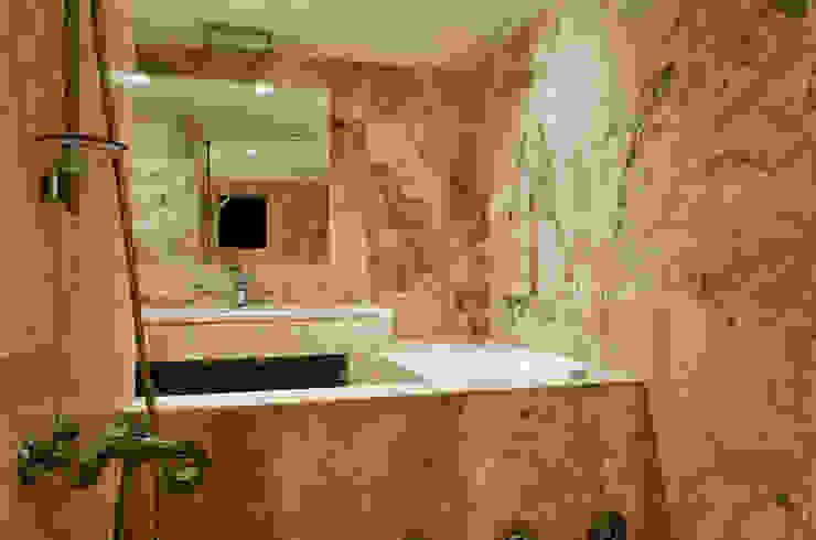 Bagno in Pietra di Rapolano Pietre di Rapolano Bagno in stile classico Pietra Beige