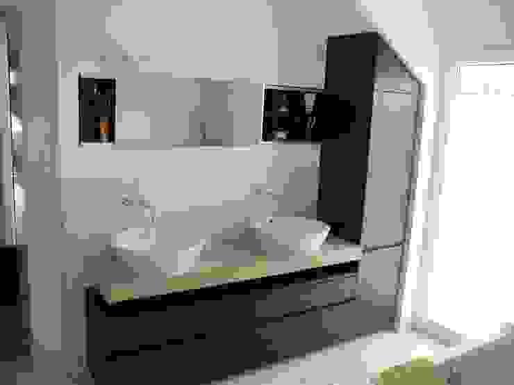 modern  by TS Innenausbau GmbH Schreinerei, Modern