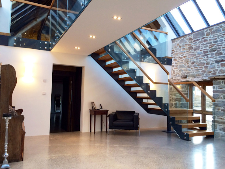 Bespoke Staircase Cornwall: modern  by Complete Stair Systems Ltd, Modern
