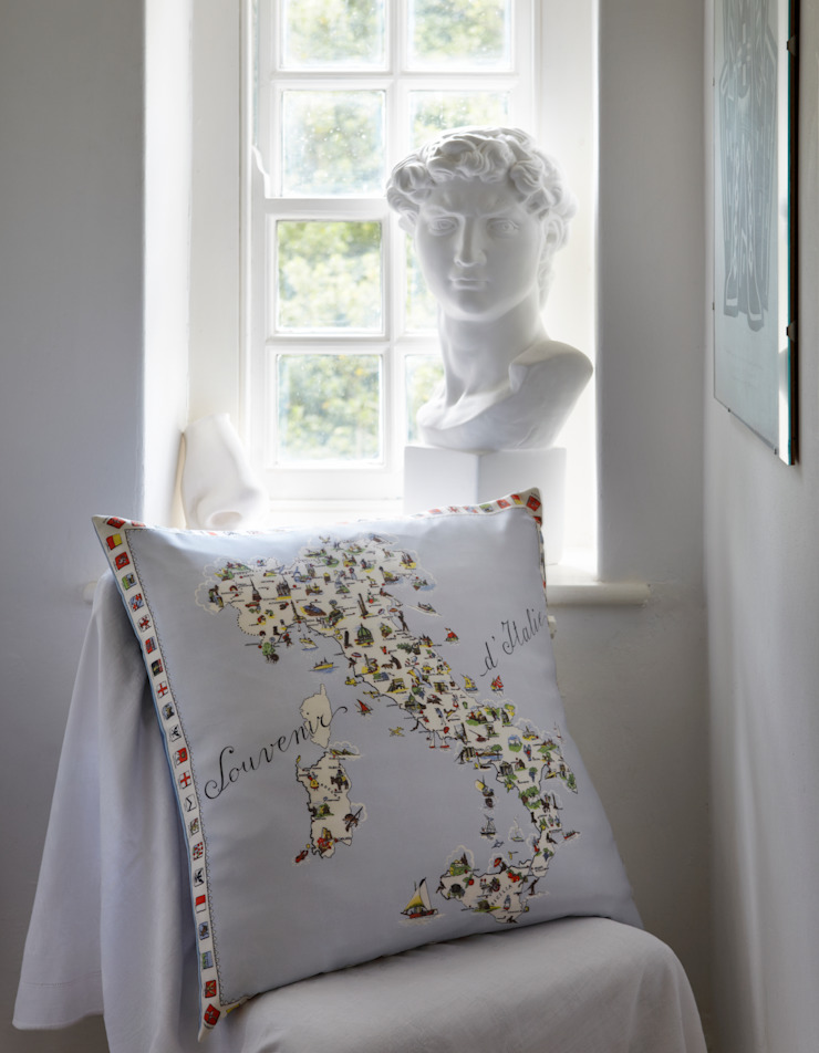 Silk Memento Cushions - Italy: classic  by RE, Classic