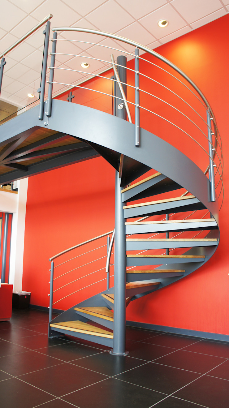 industrial por Complete Stair Systems Ltd, Industrial