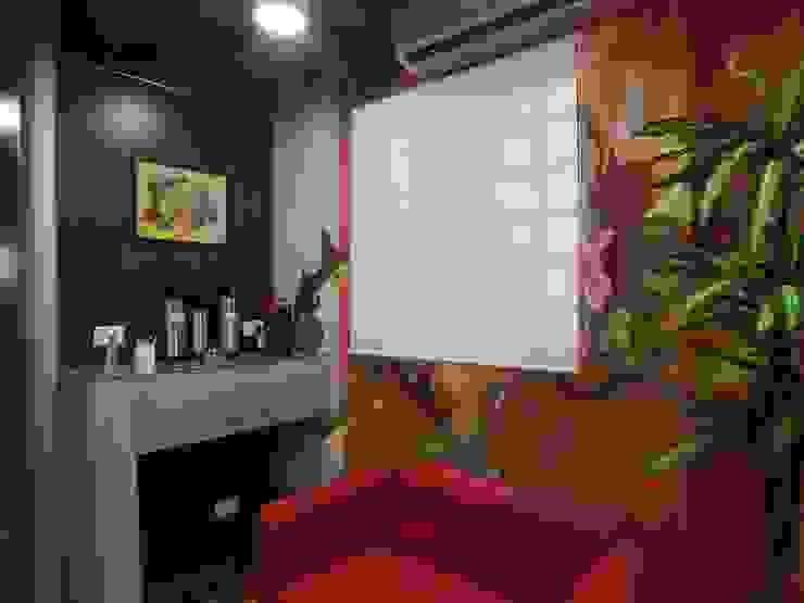 Sala de convivencia Salas multimídia modernas por Arketing Identidade e Ambiente Moderno