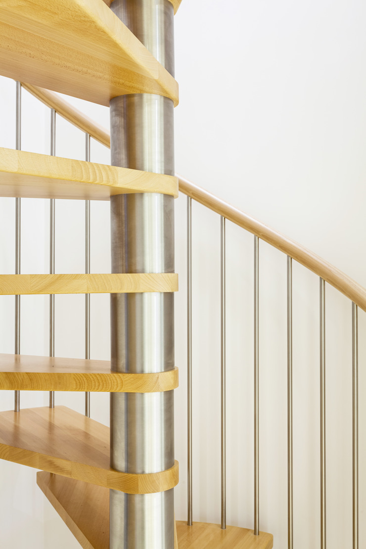 Spiral Staircase Gloucester: modern  by Complete Stair Systems Ltd, Modern