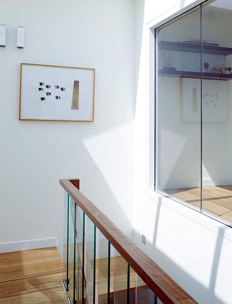 Milman Road - staircase & skylight 2 Modern corridor, hallway & stairs by Syte Architects Modern