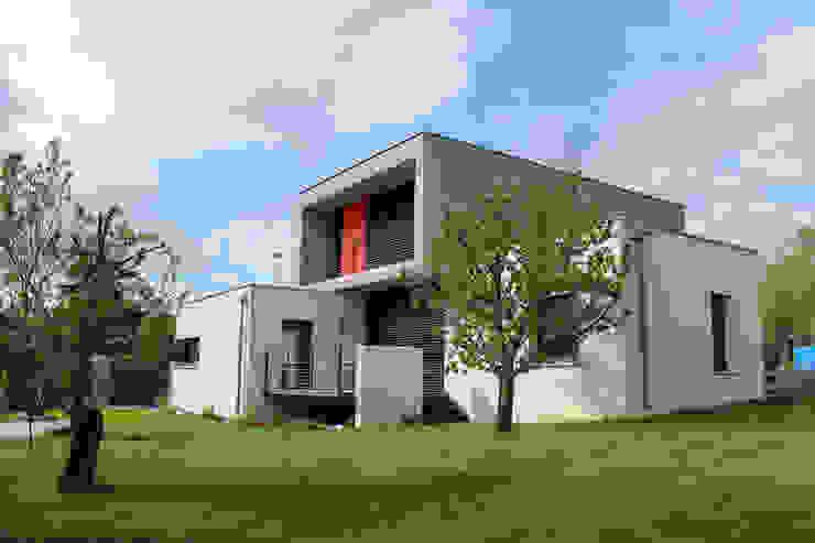 Nowoczesne domy od Atelier d'architecture Pilon & Georges Nowoczesny