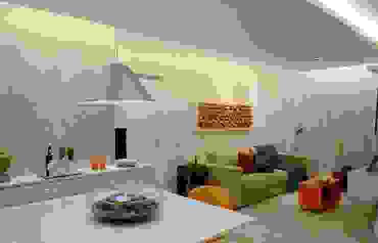 Modern Living Room by fpr Studio Modern