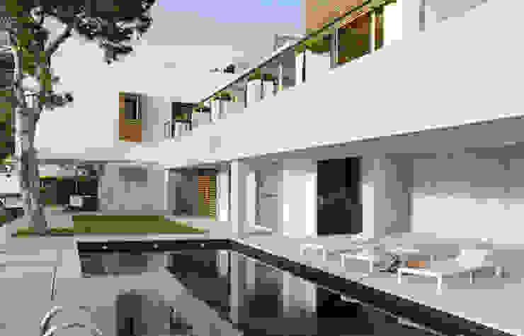 vivienda particular en Granada de SAMOA Moderno