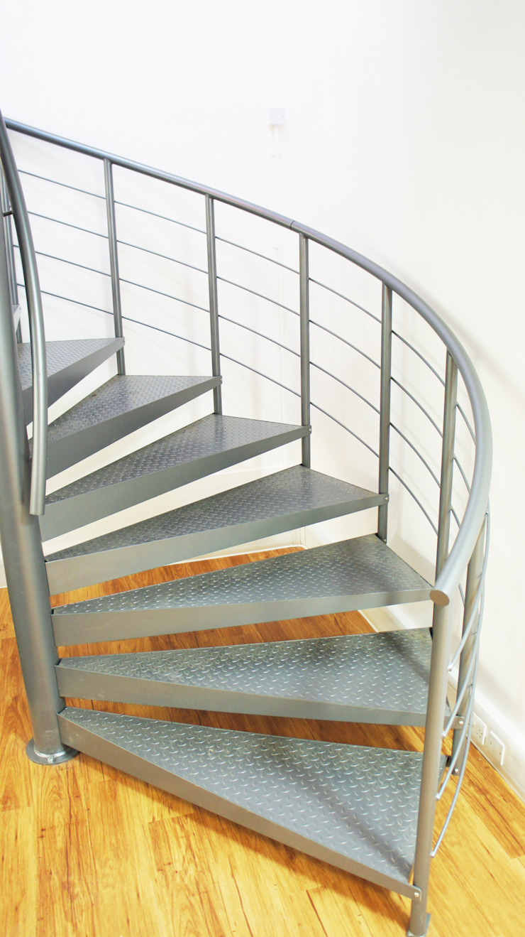 Spiral Staircase Wokingham: industrial  by Complete Stair Systems Ltd, Industrial
