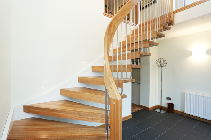 Timber Staircase Aberdeen: modern  by Complete Stair Systems Ltd, Modern