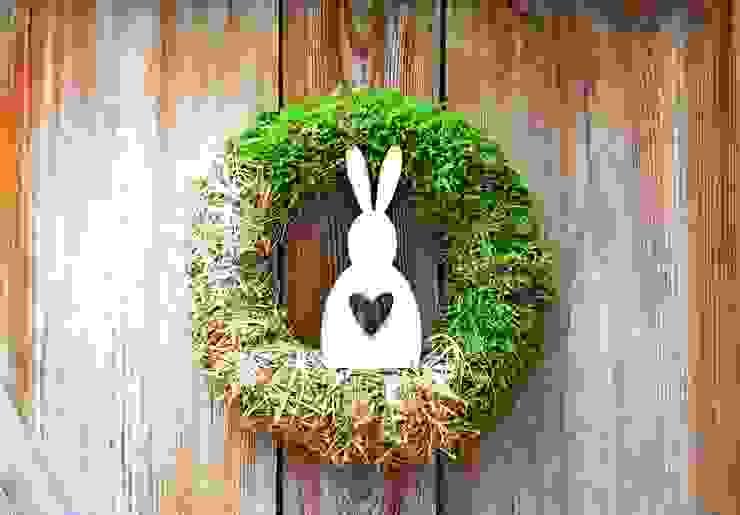Wianek wielkanocny z bielonym królikiem od ScandiArt Studio Skandynawski
