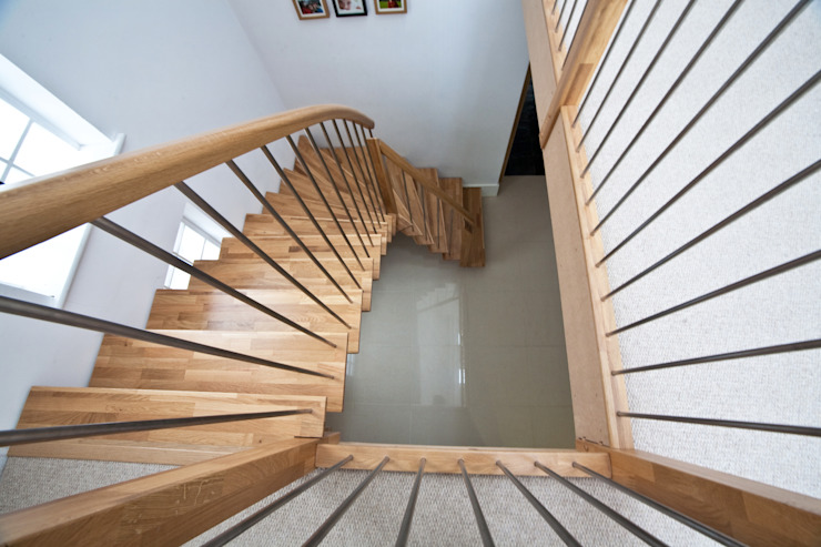 Timber Staircase New Malden: minimalist  by Complete Stair Systems Ltd, Minimalist