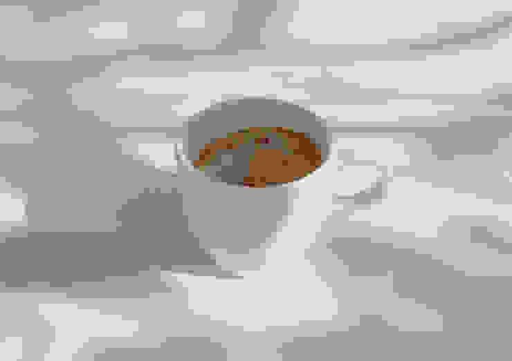 Tiny landscape in a coffee cup: Studio Yukihiro Kaneuchiが手掛けた工業用です。,インダストリアル