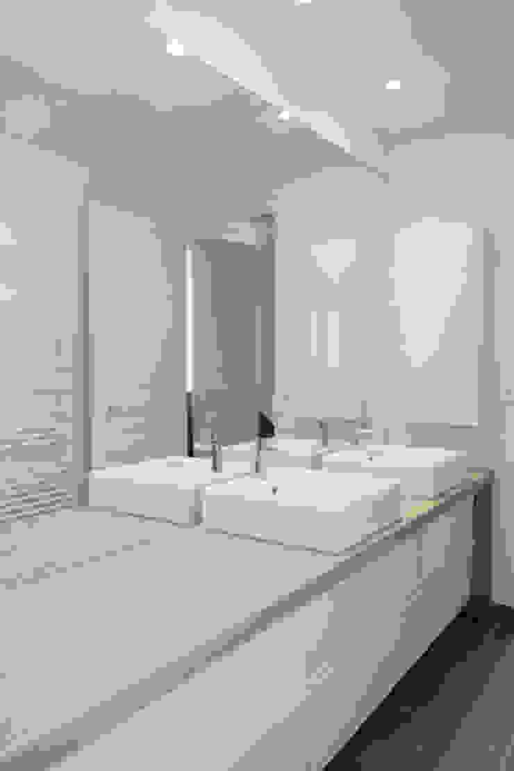 Yeme + Saunier BathroomSinks