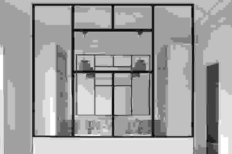 Yeme + Saunier Modern Bedroom
