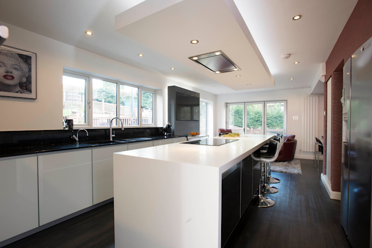 MR & MRS O'SULLIVAN'S KITCHEN Cozinhas modernas por Diane Berry Kitchens Moderno
