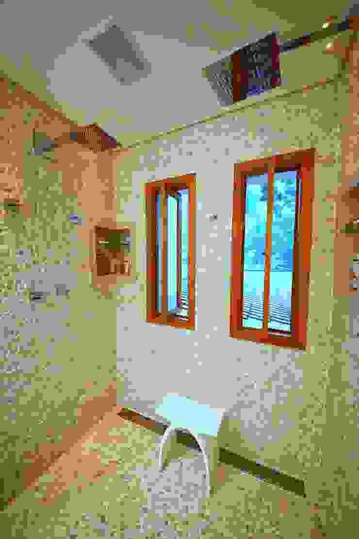 Modern Bathroom by MeyerCortez arquitetura & design Modern