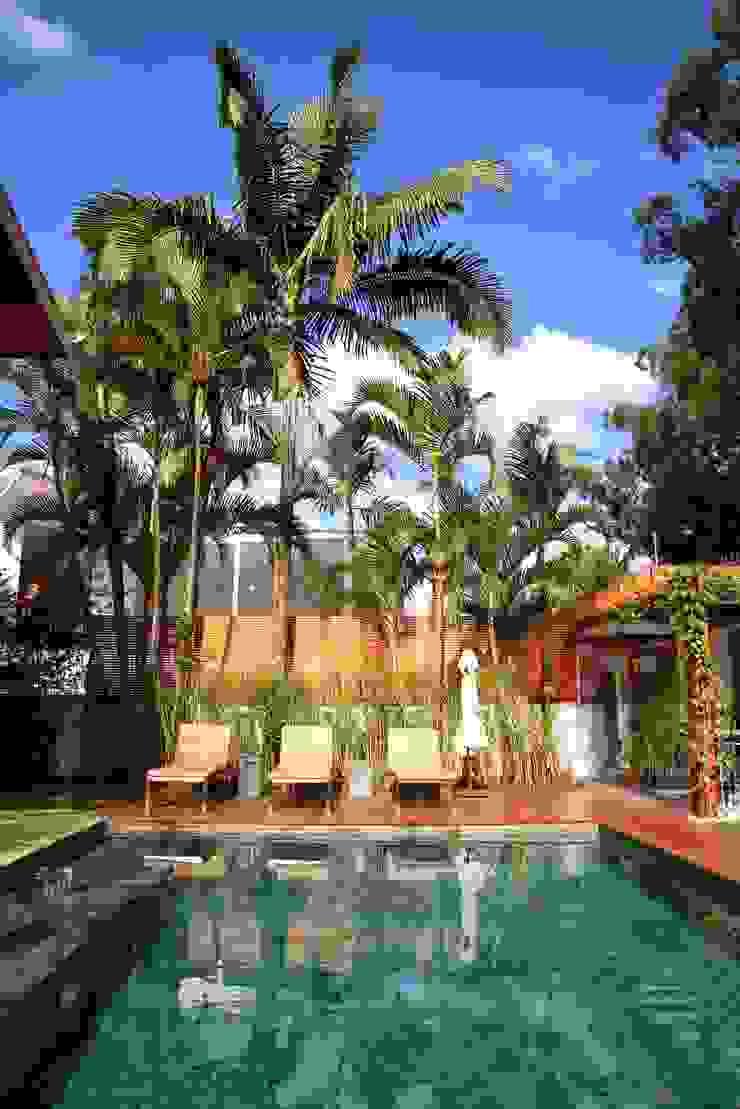 Modern pool by MeyerCortez arquitetura & design Modern