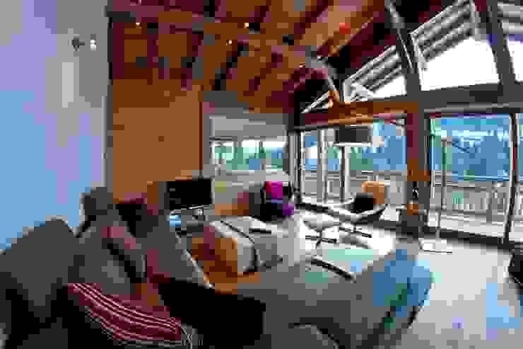 Гостиная в стиле кантри от shep&kyles design Кантри