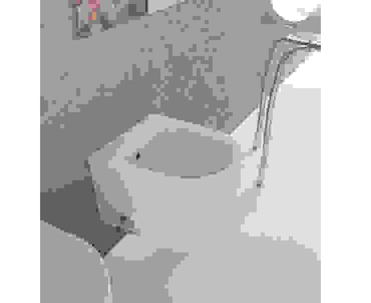 Modern bathroom by bagno chic Modern