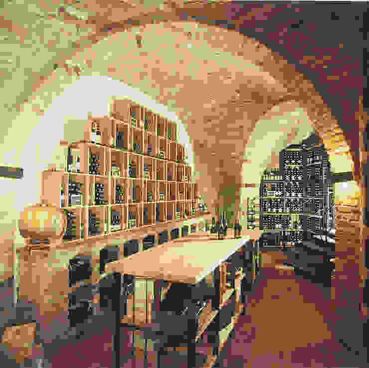 Weinkeller einer Vinothek Klassische Ladenflächen von Jahn Gewölbebau GmbH Klassisch