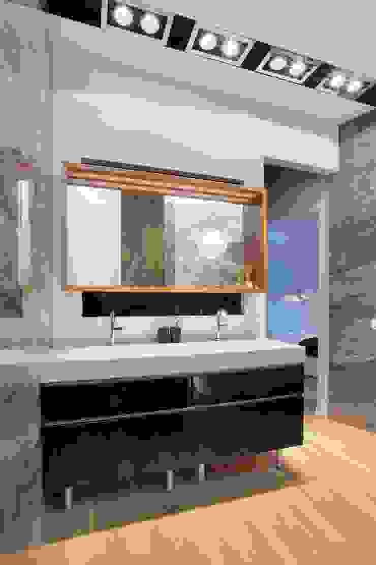 Квартира по ул. Февральской Революции Ванная комната в стиле минимализм от Галина Глебова Минимализм