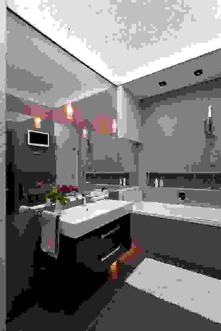 Санузел хозяев Ванная комната в стиле минимализм от Gorshkov design Минимализм