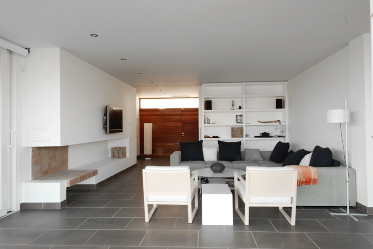Detached house in Binibeca Modern Living Room by FG ARQUITECTES Modern