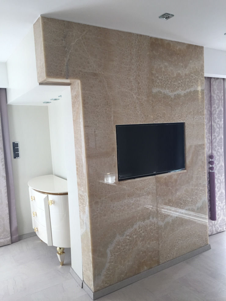 Luxury Stone / Billionaire Furniture Club Modern Dressing Room