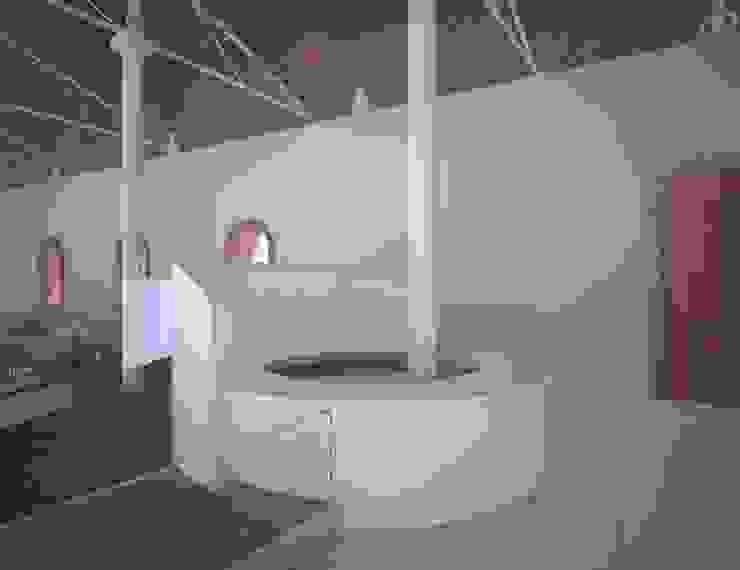 İki İç Mimar – FUAR & MÜZE: minimalist tarz , Minimalist