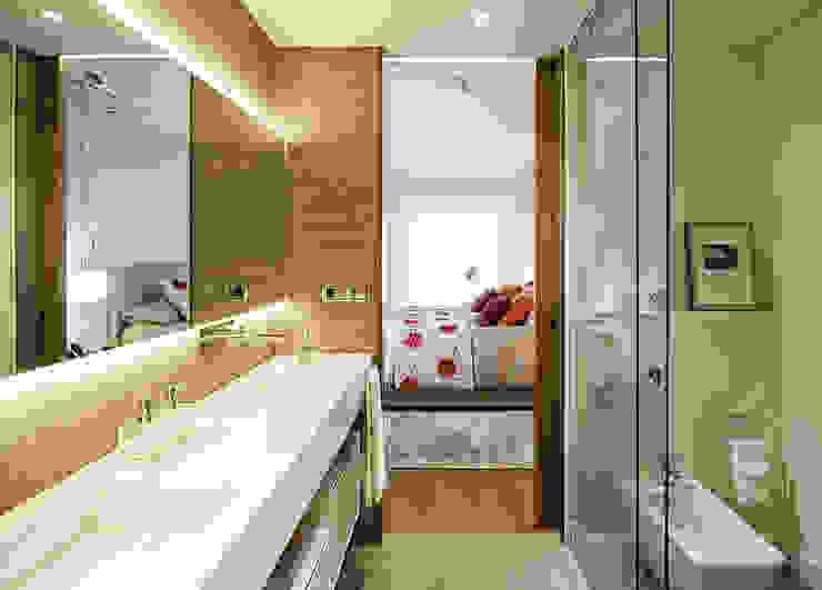 Baño principal Dormitorios de estilo moderno de DyD Interiorismo - Chelo Alcañíz Moderno