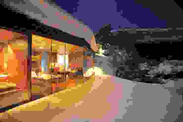 The Juvet Landscape Hotel Minimalist hotels by Juvet Minimalist