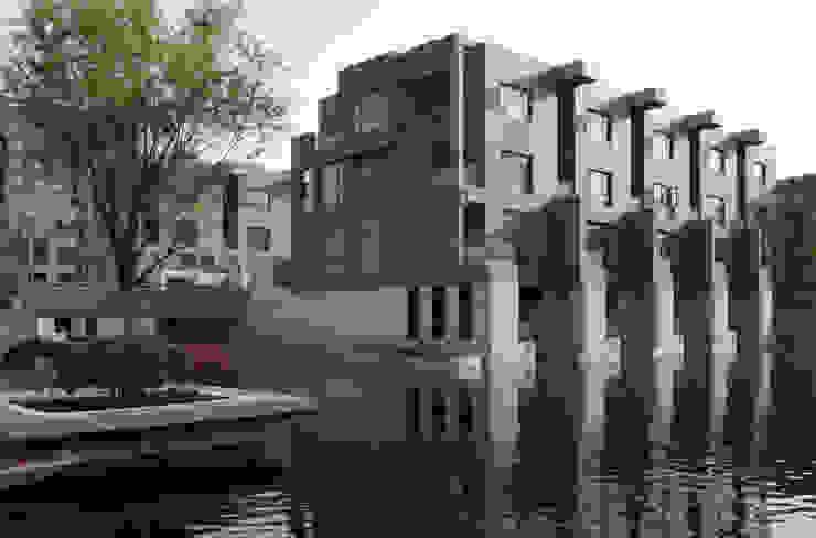 Living on Water- Shanghai Case in stile minimalista di SERGIO PASCOLO ARCHITECTS Minimalista