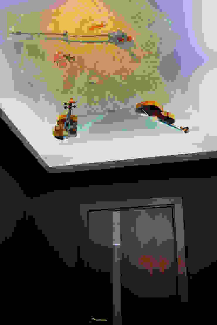 Квартира 150м2. Екатеринбург. ул.Шварца, 14. Tutto design Коридор, прихожая и лестница в эклектичном стиле